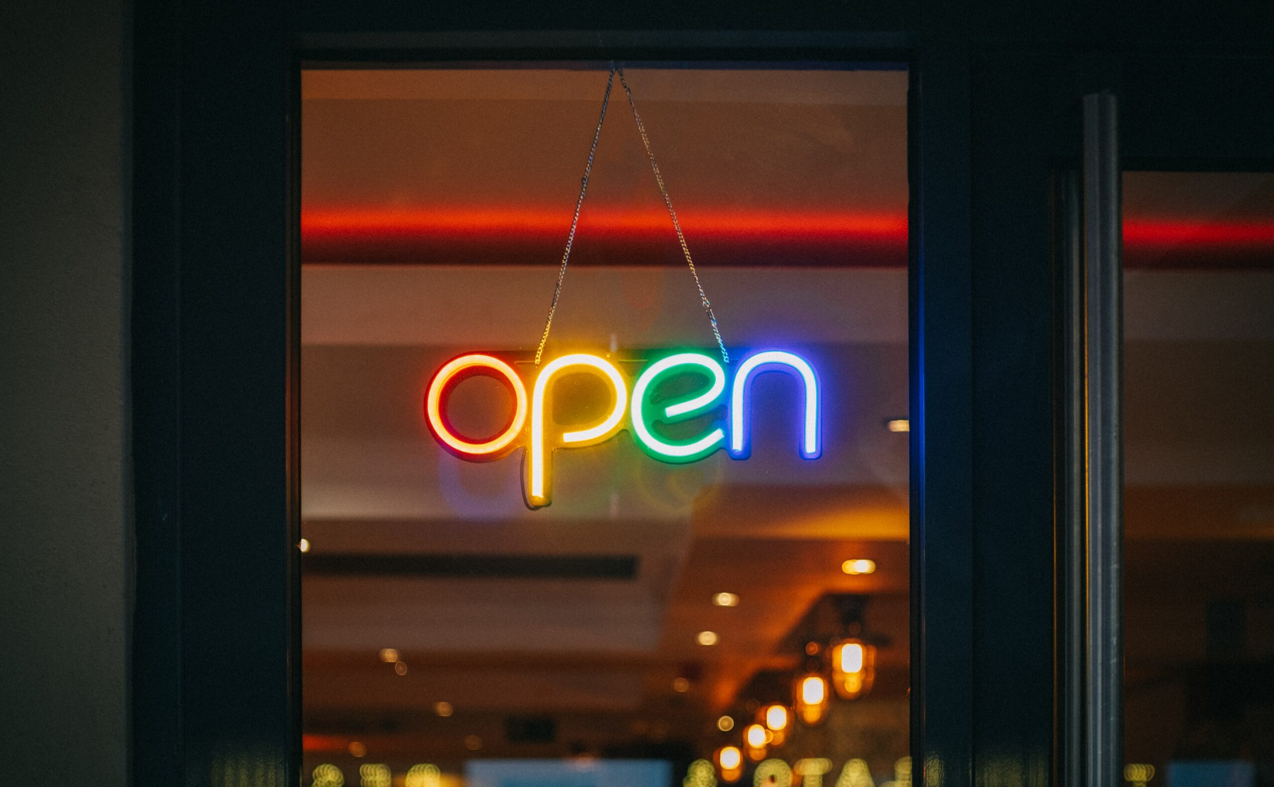 Open Innovation: why, with whom, how?
